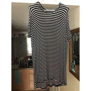 Brandy Melville T-shirt dress/shirt